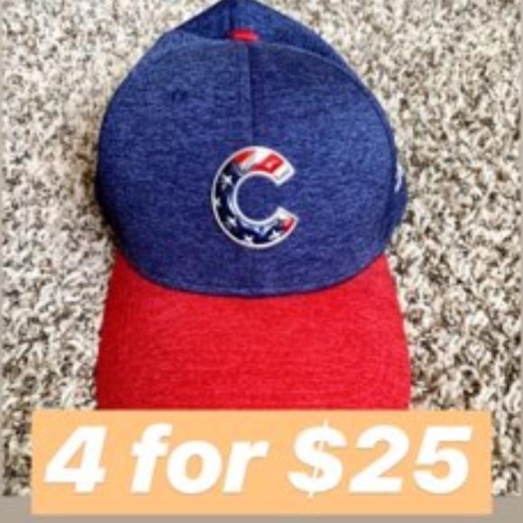 New Era Accessories - 4 for $25   Cubs Stretch Fit New Era Cap S/M